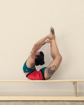Yatzin Kosom Contortion Flexibility Teacher Cologne