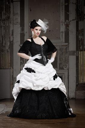 Spezielle Brautmode, flippige Hochzeitsmode, schwarze Brautkleider