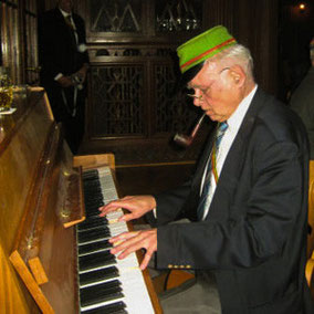 Unser bester Klavierspieler.