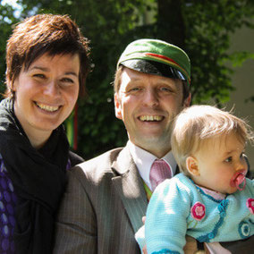 "Junger ""Alter Herr"" mit Familie."