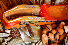Schamanisches Musikinstrument aus Peru