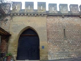 l'entrée principale du château