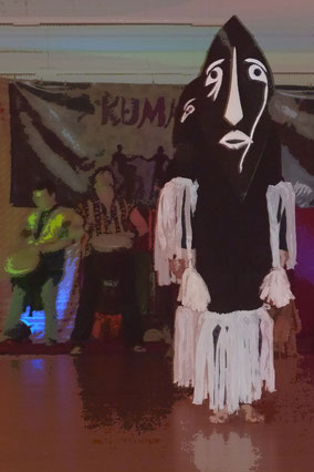 KUMMAZAMM - Trommeln, Tanzen und Lebensfreude