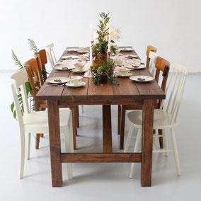 Holzklapptische Holzbohlentische Klapptische Hochzeit mieten