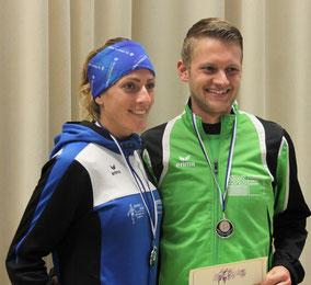Die Tagessieger im Hauptlauf: Die Streckenrekordhalterin Kerstin Hirscher (TGVA) und Felix Luckner (LG Reischenau-Zusamtal)