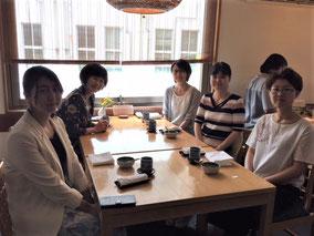 6/5 本学卒業生でラボのOGでもある米国留学中の西井理菜さんが学位審査の為に帰国され、みんなでランチへ。