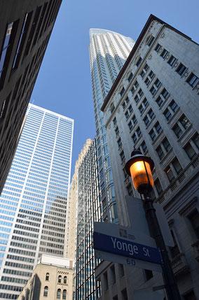 Hochhäuser in der Yonge Street.