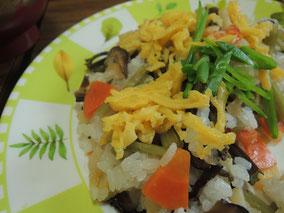 フキトワラビの山菜ちらし寿司