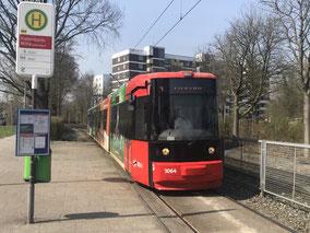 Straßenbahn Linie 4 Bremen-Kattenturm Mitte  (Foto: 03-2018, Jens Schmidt)