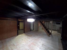 隣の部屋も床や建具が落ちていましたが、新しく作りとても広い空間へと生まれ変わりました。