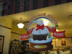 カップケーキ屋さんもHappy Holidays!