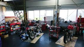 オートバイ修理