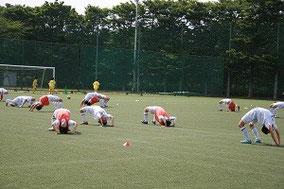 Aチームのストレッチ練習