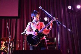 YURI:ギター