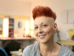 "Schauspielerin Hendrikje Fitz hinter den Kulissen bei den Dreharbeiten zur ARD-Serie ""In aller Freundschaft"""