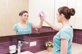 Spiegel streifenfrei putzen, Spiegel nur mit Wasser putzen, Mikrofasertuch Spiegel