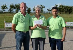 Platz 5 Bärlauch-Bouler Lockstedt mit (v.l.) Reimer Stäcker, Gönke Rohwedder und Mohammad Haji