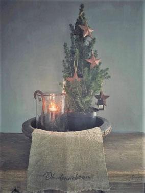 """Shabby doek klein """"oh denneboom"""", kerstmis, kerst, feestdagen, ninoart, Stoer, Sober, Industrieel, Puur, Robuust, Grof, Landelijk wonen, Sfeervol, Geleefd, Stijlvol, Doorleefd, landelijke stijl, landelijke decoratie, vintage."""