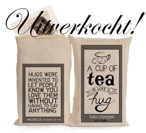 """Thee van Sakkie Kado """"A cup of tea is like a hug bag"""", origineel cadeau, Zuid-Afrika, verjaardagscadeau, feestdagen"""