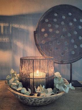 Hurricane wire windlicht medium (merk Still), Stoer, Sober, Industrieel, Puur, Robuust, Grof, Landelijk wonen, Sfeervol, Geleefd, Stijlvol, Doorleefd, landelijke stijl, landelijke decoratie, vintage.