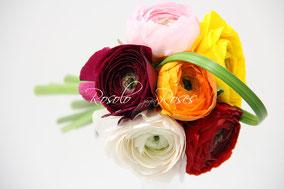 Mini bouquet coloré, renoncules, CHF 29.50