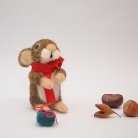 süsse Weihnachtsgeschenke, Maus mit Geschenk, Weihnachts-Maus, Weihnachtsdekoration Maus, Filztiere Weihnachten, Weihnachtsdekoration Maus, Maus mit Geschenk , Weihnachtsgeschenk, Filztier Weihnachten