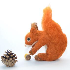 Eichhörnchen Filz, Deko Herbst, Eichhörnchen Deko, Jahreszeitentisch Deko, Eichhörnchen  Filztier, Filztiere