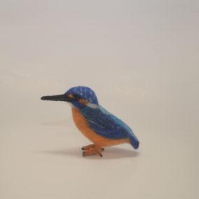 Eisvogel, Filzeisvogel, Filztiere, Vogel aus Filz, Filzfigur, Filztier, handgefilzt, handgefertigt, Filzfiguren Jahreszeitentisch