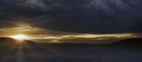 Herbstlicher Sonnenuntergang über dem Bodanrück
