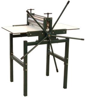 Druckpresse JS 50 mit Untergestell ohne Einlegeböden und ohne Räder