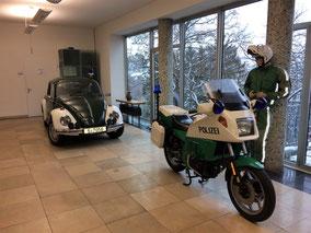 Polizei-Oldtimer des Polizeimuseum Stuttgart bei Ausstellung