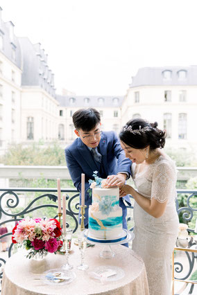 elopement in paris on the budget
