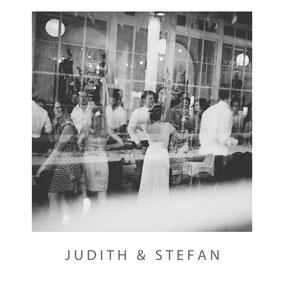 Hochzeit von Judith und Stefan in der Villa Hasenholz  -  Fotograf Dirk Brzoska aus Leipzig www.dirk-brzoska.de