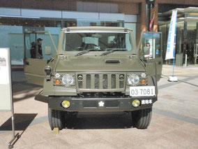 73式小型トラック(新型、前面)
