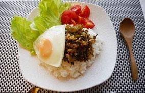 高菜と鶏挽き肉の甘辛丼