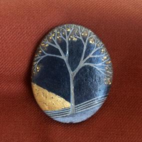Galet décoratif presse-papier - arbre acrylique gris - feuille d'or - galet du Salat gris anthracite - fini satiné