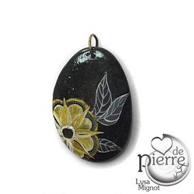 Fleur acrylique blanc et doré - galet du Salat gris anthracite percé - vernis satiné - anneau couleur bronze
