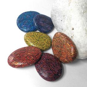 6 galets décoratifs FEUILLES - acrylique et paillettes sur galet de rivière - fini mat