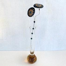 Duo de fleurs décoratives acrylique et perles - galets du Salat noir vernis - tige laiton - pierre fine fluorite - perles miyuki