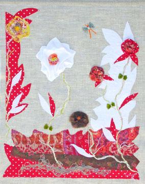 Flora -  Tableau textile à accrocher au mur, Broderie sur toile lin, 41 x 51 cm - Création Unique - Disponible