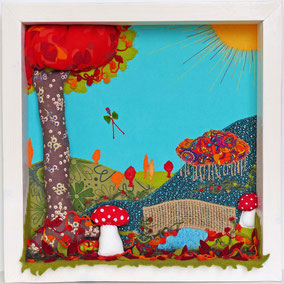 Au-delà la Mousse - Tableau textile à accrocher au mur - Broderie sur toile de coton, cadre en bois peint profond de 7 cm où l'on peut y poser une poupée, 46 x 46 cm - Création Unique - Disponible