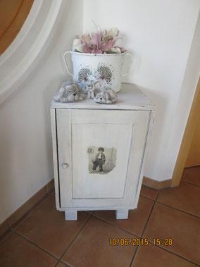 Bijou, neues Möbel,