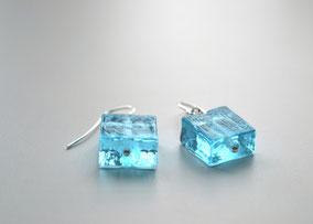 Ohrringe Eiswürfel hellblau