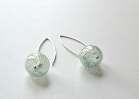 Ohrringe mit Glasperlen Blau/Grün gestreift