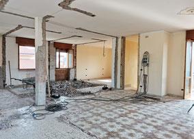 demolizioni in corso