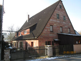 WT Büchenbach: Sandsteinhaus in Rothaurach