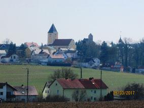 WT Leonberg: barocke Pfarrkirche und Burg