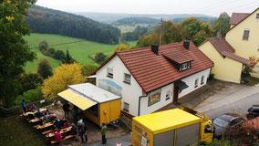 09/17 Ursensollen: Brotzeitstelle mit Blick von Zanter Kirche Richtung SW ins Tal des Hausener Baches und ins Jura