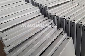 Entrepaños metálicos para estantes o anaqueles