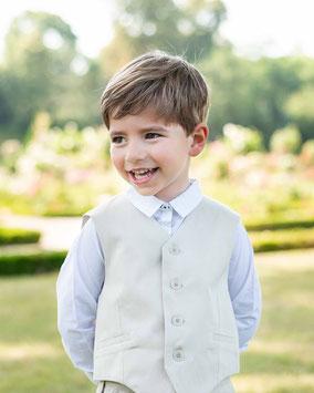 Gilet cérémonie garçon coton beige Fil de Legende. Magasin vêtements cérémonie enfants Paris, Neuilly-sur-Seine.